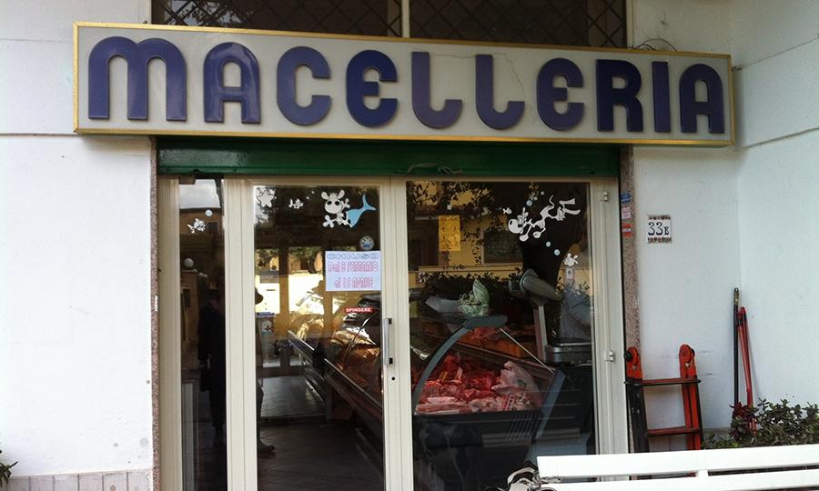 Macelleria Erminio, riapertura a metà aprile
