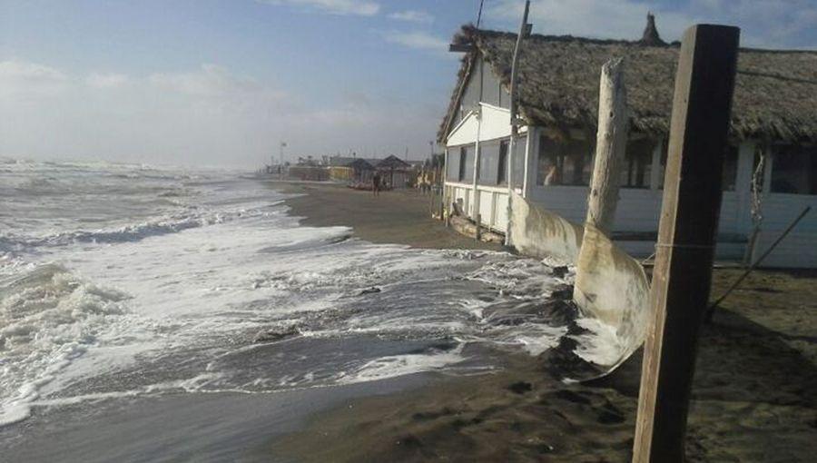 Erosione, la sabbia non c'è più