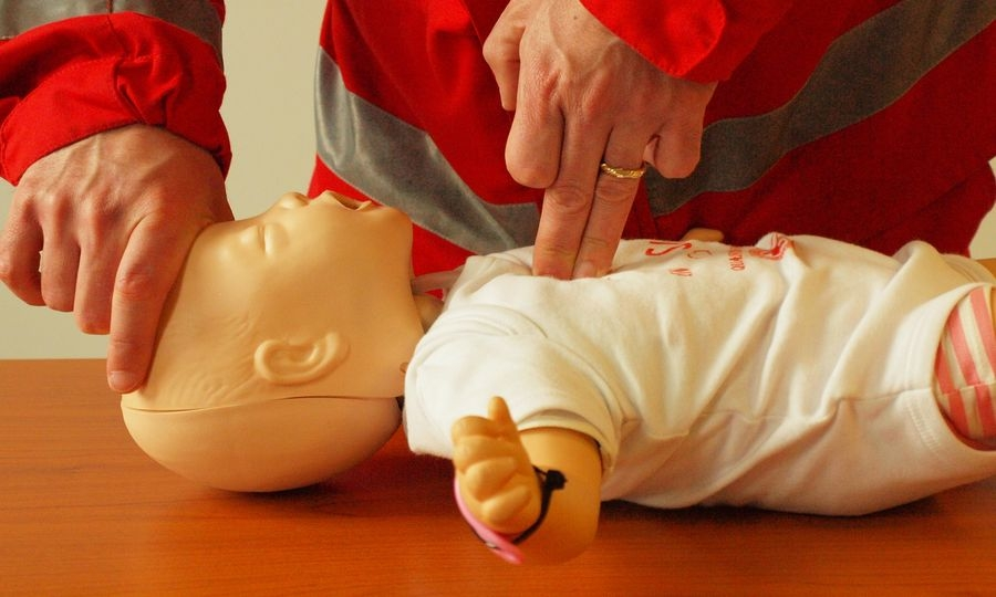 Primo soccorso pediatrico, domani partono lezioni