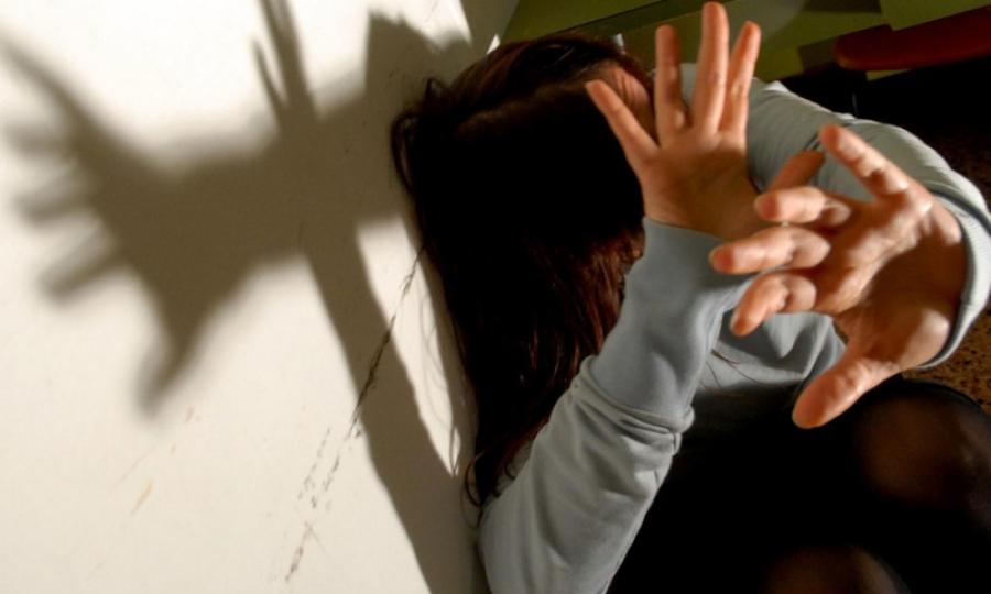 Dati Istat, violenza su donne in lieve calo