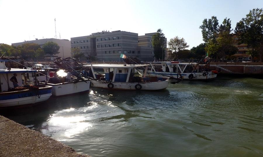 Fiumicino, la protesta dei pescatori