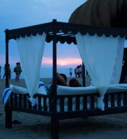 Singita-Miracle-Beach-sunset-beach-7w
