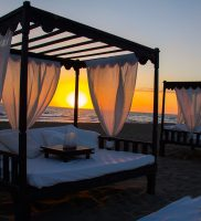 Singita-Miracle-Beach-sunset-beach-8w