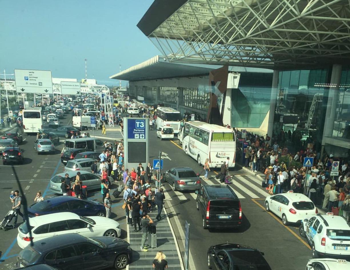aeroporto caos