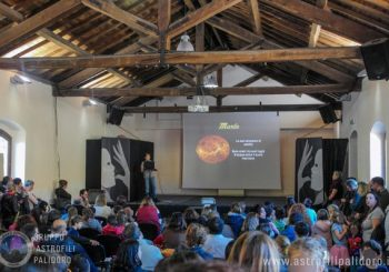 Il sistema solare spiegato da un astrofilo bambino