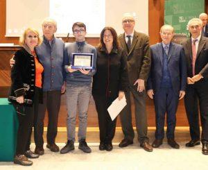 Premio Tantucci per la prosa a Luca Corrias del liceo da Vinci