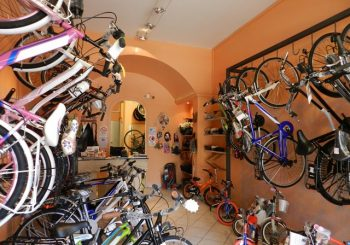 Bike Shop in viale Castellammare