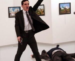 World Press Photo, vince scatto del killer dell'ambasciatore russo