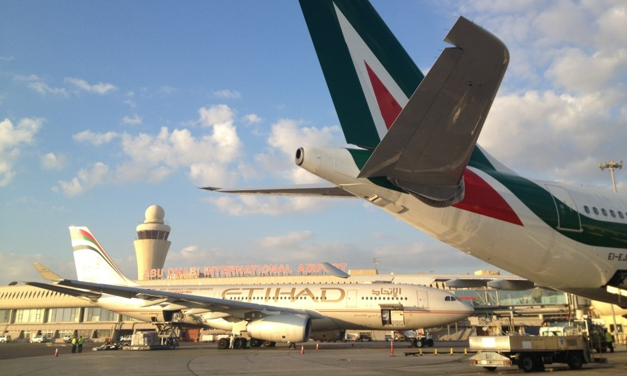 Alitalia vola basso, in classifica