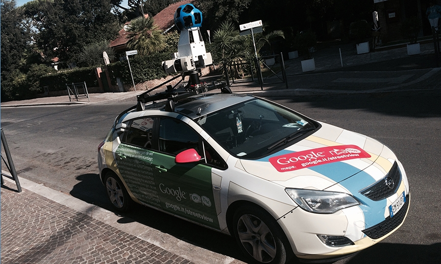 "La ""Google Car"" a Fregene"