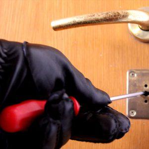 ladri furto
