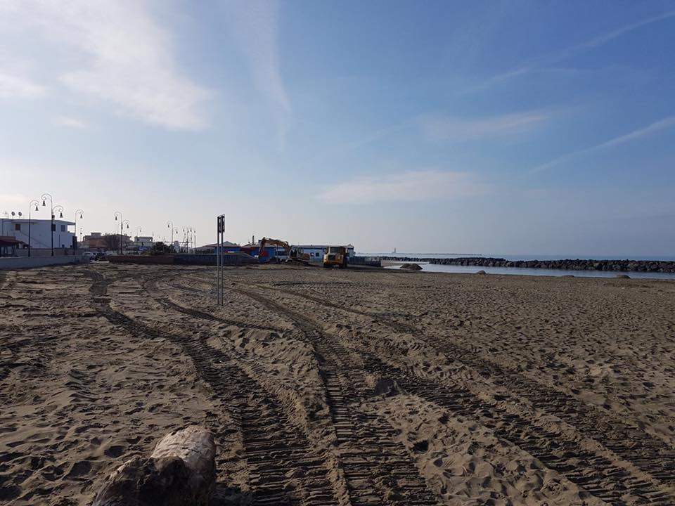pulizia spiagge 1