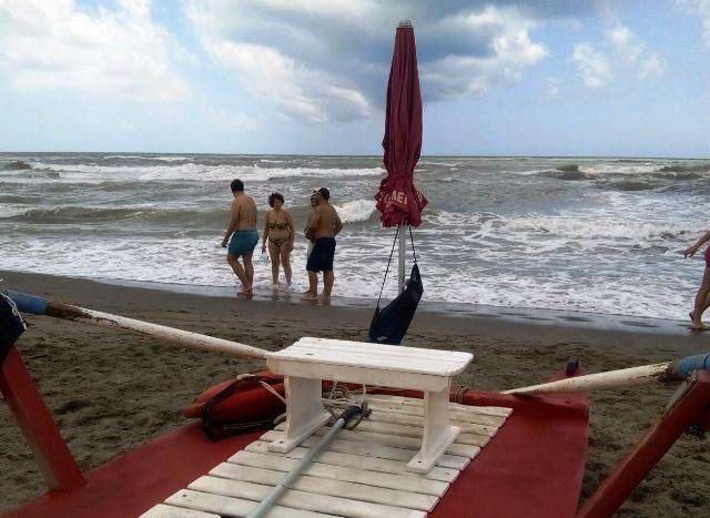 salvataggio red beach